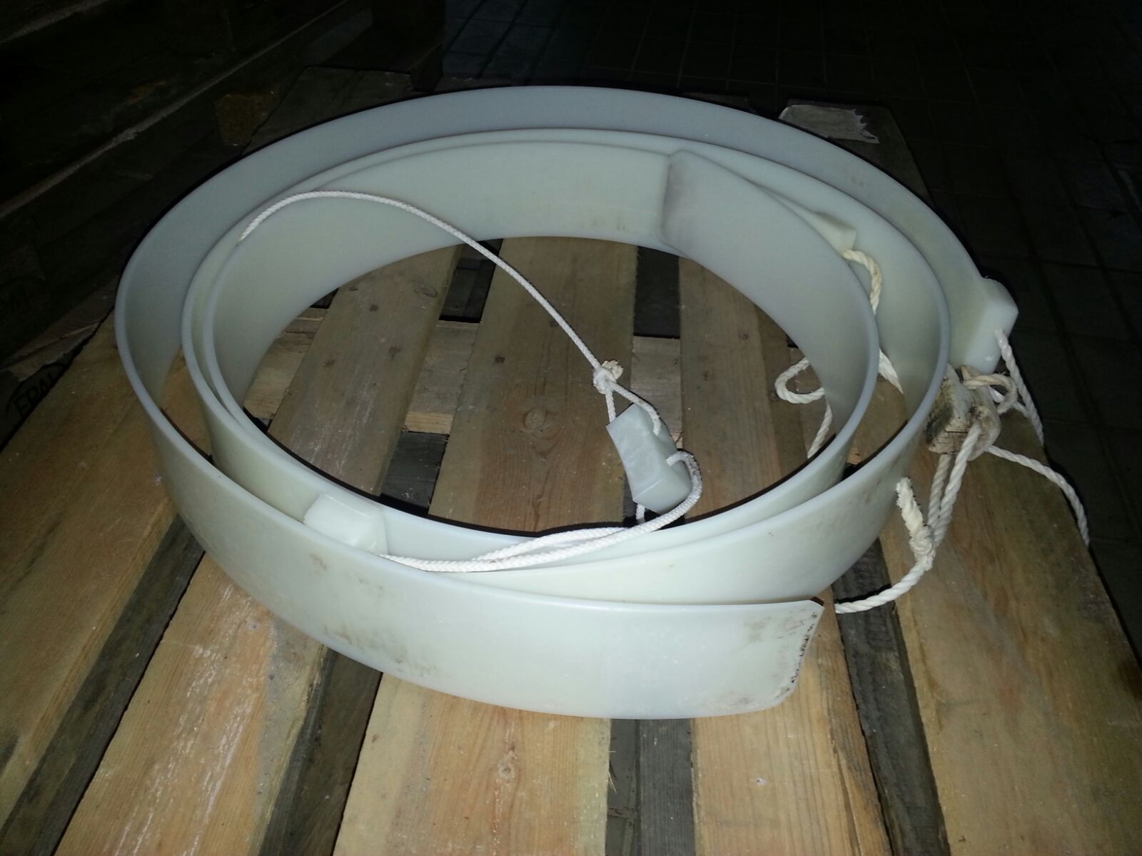 N.1102 FASCERE STAMPI PLASTICA PER FORMAGGIO FONTINA USATI